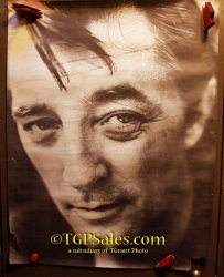 "Robert Mitchum - Huge size wall poster - 40"" x 29"""