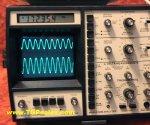 Sencore SC61 Oscilloscope - Waveform analyzer - w. built-in frequency counter