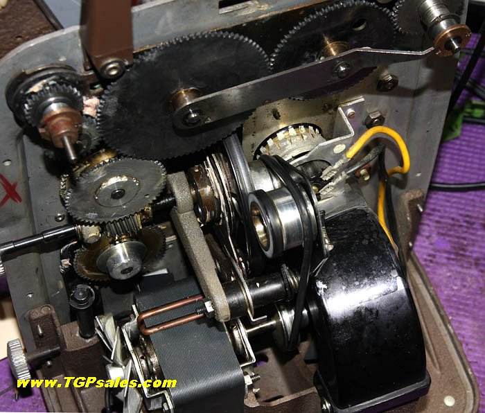 Toms Auto Sales >> Bell & Howell 8mm movie projector 255-A - Refurbished ...