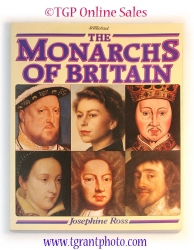 Monarchs of Britain by Josephine Ross