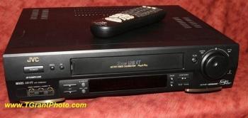 JVC 3600U VCR - Super VHS ET Plug & Play, HR-S3600U with built-in video stabilizer, S-VHS, Hi-Fi [tgp102]]