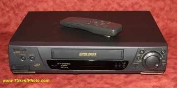 Panasonic AG-2560 VHS  VCR - 4 head Hi-Fi Stereo [TGP1725]