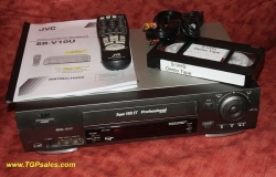 JVC Super VHS SR-V10U Professional VCR, with Remote Control and built-in time base corrector[TGP161]