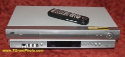JVC HR-S3912 S-VHS VCR - Refurbished w. built-in stabilizer and JVC Remote Control [TGP689]
